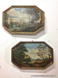 Ancienne paire de peintures à l'huile octogonales sur bois avec cadres dorés