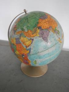 Carte du monde des années 60