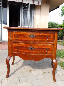 Chevrons de tiroir vénitiens et chevrons ondulés en bois de rose l110xfron 97xpmax60xh92 garantie légale