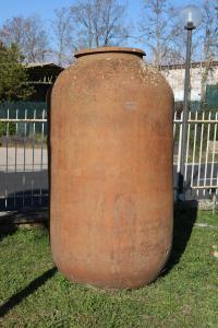 Dix anciens pots en terre cuite. Période 1800.