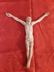 Belle école italienne christ ivoire h29 de la tête aux pieds aux armes h34 garantie légale