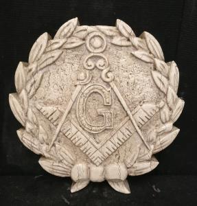 Medaglione massonico finemente scolpito - Diametro 40 cm - Marmo d'Istria - xx secolo