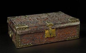 De belles boîtes coloniales, au Pérou, 17 c, cuir gaufré
