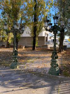 Lampadaires en fonte 55x55x300h