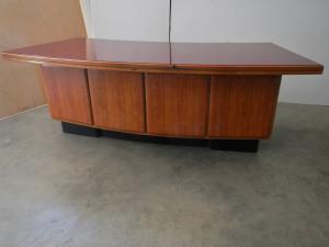 Bureau des années 50 avec commode anonyme entreprise castelli