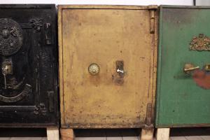 Coffre-fort original anglais brun clair du 19ème siècle