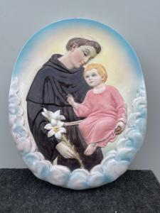 Carreau en faïence polychrome à la figure de Saint Antoine de Padoue et de l'Enfant Jésus Manufacture Ronzan, Turin.