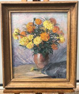 Peinture à l'huile sur toile représentant une nature morte avec vase de fleurs. Signée. France.