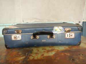 valise en carton des années 70
