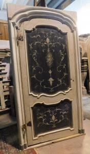 ptl551 - porte laquée, XVIIIe siècle, cm l 128 xh 240, lumière cm l 102 xh 219
