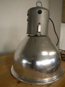 lampadaire de paillasson des années 70