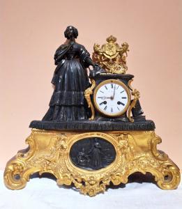 Horloge en bronze d'époque Napoléon III
