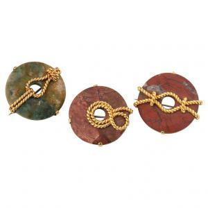 Lot de broches en jaspe avec noeuds marins en or