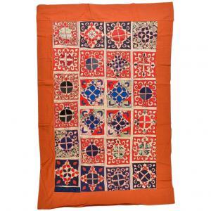 Patchwork d'anciens tissus brodés Turkomanni