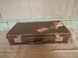 valise en carton des années 40