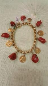 Bracelet de breloques en or antique