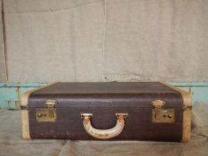Valise en cuir des années 30