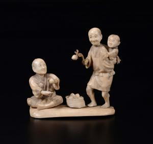 Groupe sculpté dans l'ivoire, Japon début XXe siècle