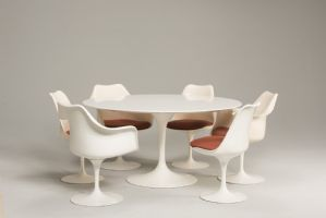 ENSEMBLE TULIPE DE TABLE ET ASSISE PAR EERO SAARINEN PRODUCTION KNOLL 1960S