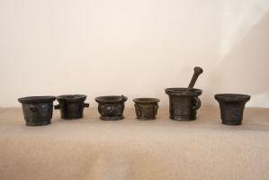 Collection de 6 mortiers Renaissance en bronze
