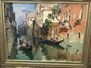 Angelo Brombo, Chioggia 1892 - Venise 1962, Canal avec gondoles à Venise, huile sur toile cm. 60 x 80