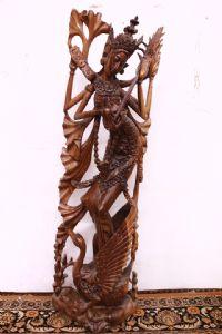 statue en teck de l'île de Bali déesse kali sculpture antique déesse orientale