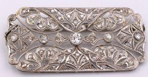 Broche en déco de platine entièrement recouvert de diamants, 20/30 ans