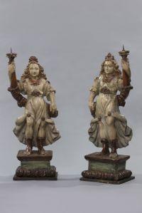 Paire de sculptures en chandeliers
