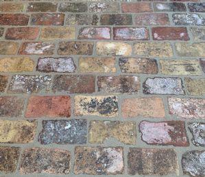 Pavimento in cotto antico 20 x 10 cm