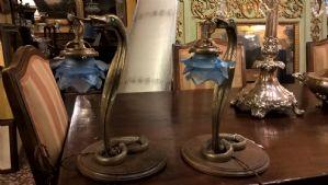 lampes couple représentant des serpents, bronze