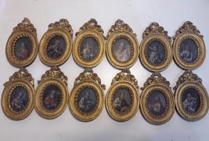 Douze apôtres miniatures