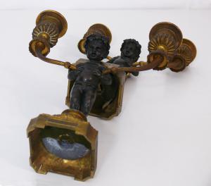 Paire de petits doppieri en bronze avec putti - CA / 1134
