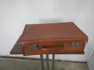 valise en carton des années 60