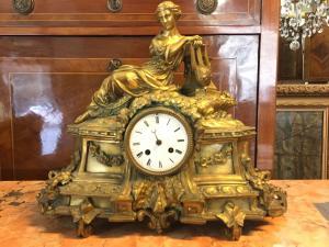 Ancien bronze parisien en bronze doré 19ème siècle