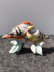 Paire d'oiseaux en porcelaine, Manifattura Cacciapuoti, Milan