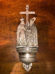 Bénitier en argent bénitier en relief représentant l'évêque de San Macario et Sant'Elena Punch Lombardo Veneto.