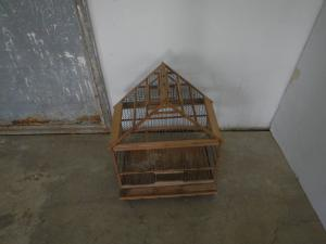 Cages en bois des années 50