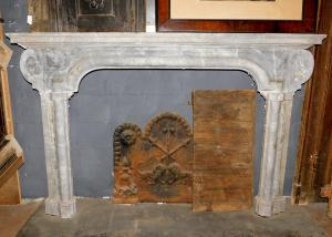chm513 Cheminée italienne du XVIIIe siècle, marbre gris bardiglio, cm 190 xh 122