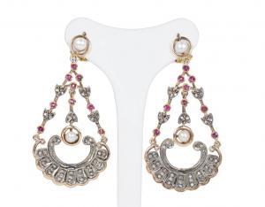 Boucles d'oreilles style ancien en or 14k et argent avec diamants, rubis et perles