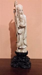 Statuette en ivoire, essai oriental, fin du 19e siècle