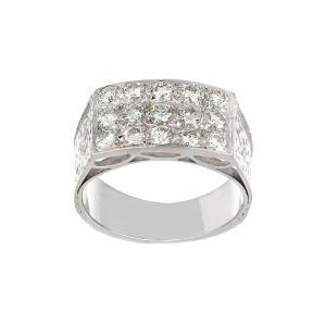 Anello in oro bianco con diamanti rotondi