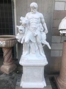 Sculpture en marbre 40x60x170h