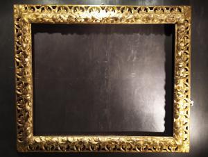 Cornice dorata scolpita, Italia, fine del XVII secolo