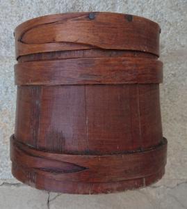 Magnifique conteneur en bois pour le stockage des aliments
