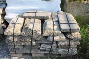 Lastricato in pietra