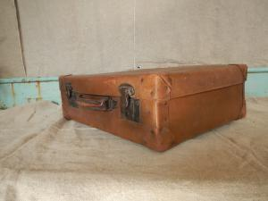valise en carton des années 1920