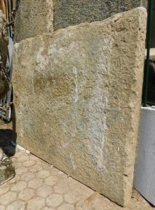 dars425 - pierre de balcon, mesurant cm l 127 xh 102 x ép. 7 cm