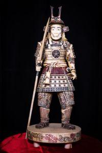 Samouraï en ivoire. Japon Sec XIX
