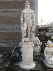 300h de sculpture en marbre