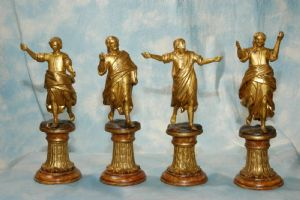 """Statuettes en bois """"Quatre Evangélistes"""""""